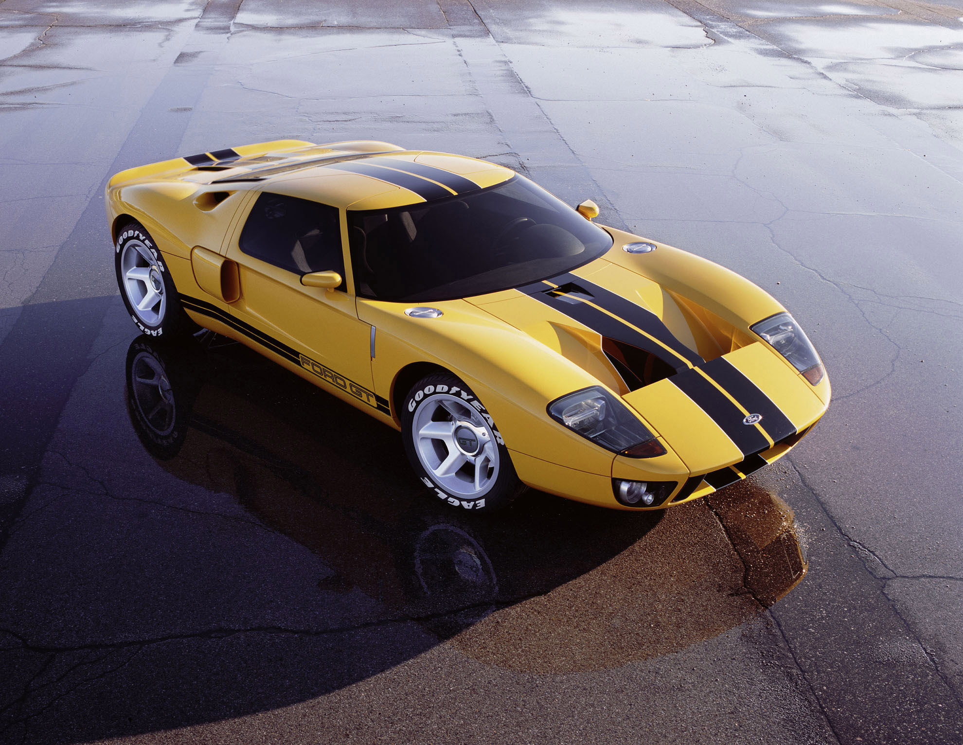 Index of /img/ford-gt-concept