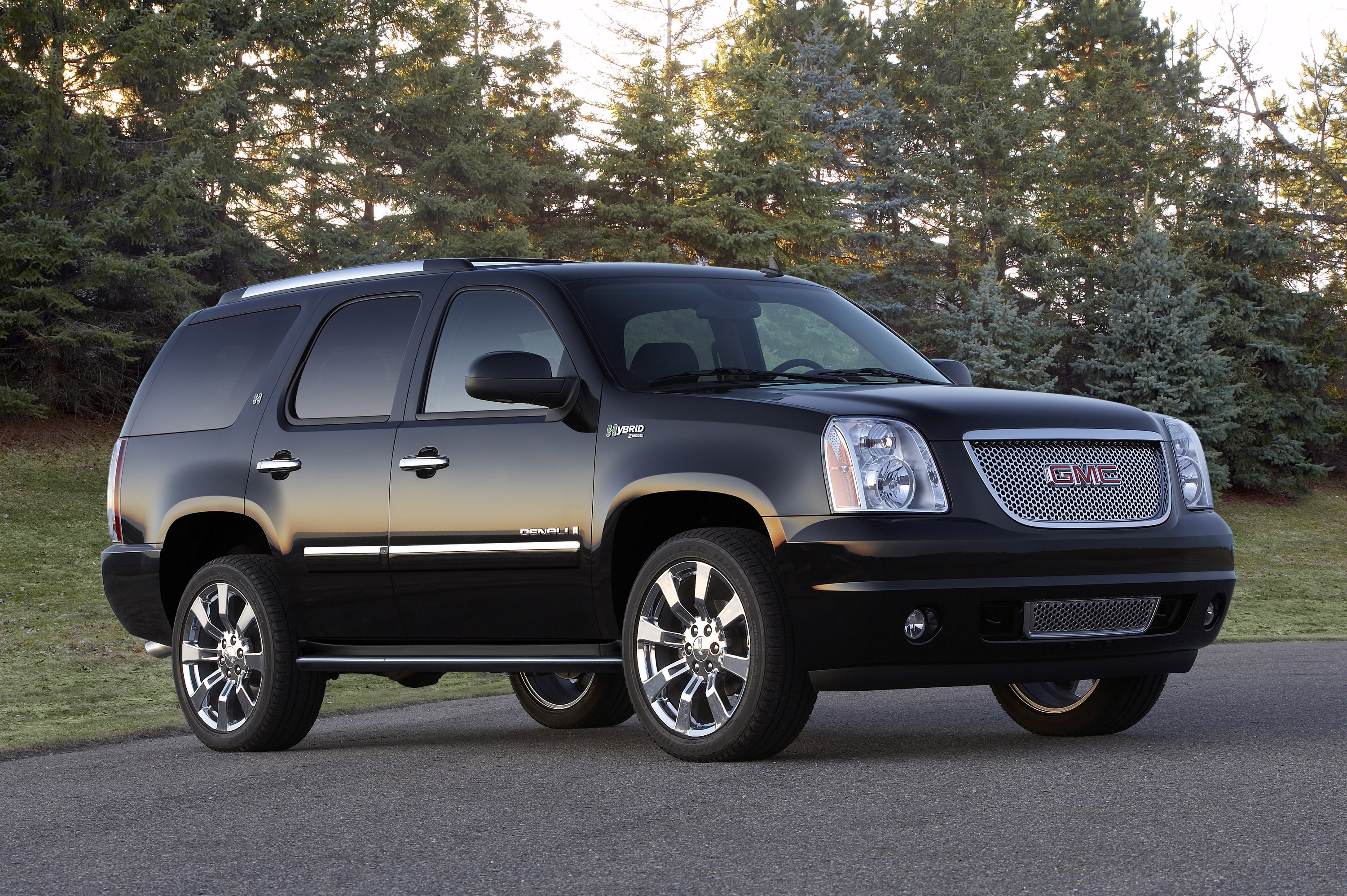 yukon tahoe prevnext front denali view trucks photo suburban gmc cool chevrolet gallery xl