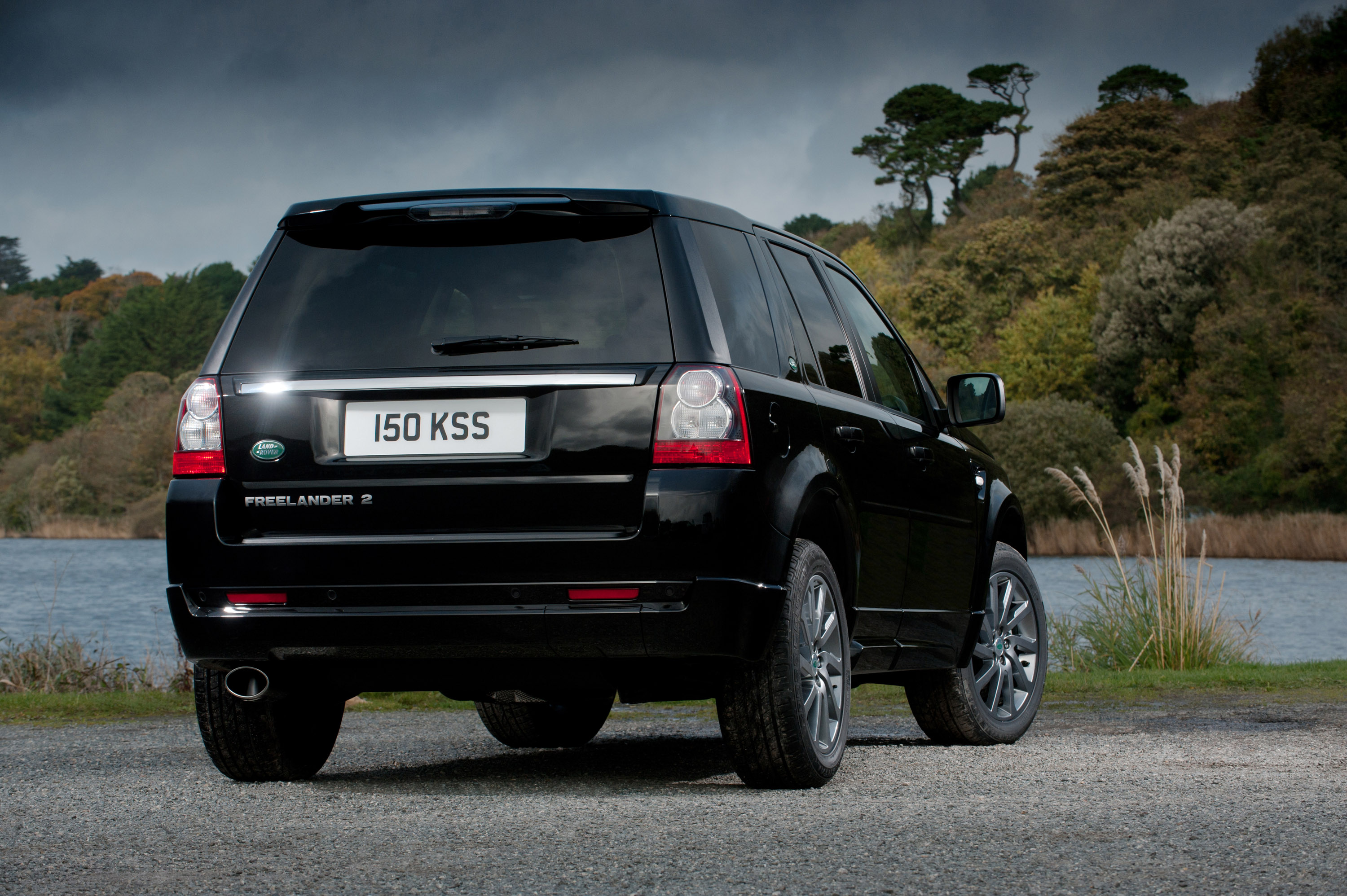 https://www.automobilesreview.com/img/land-rover-freelander-2-sd4-sport-limited-edition/land-rover-freelander-2-sd4-sport-limited-edition-06.jpg