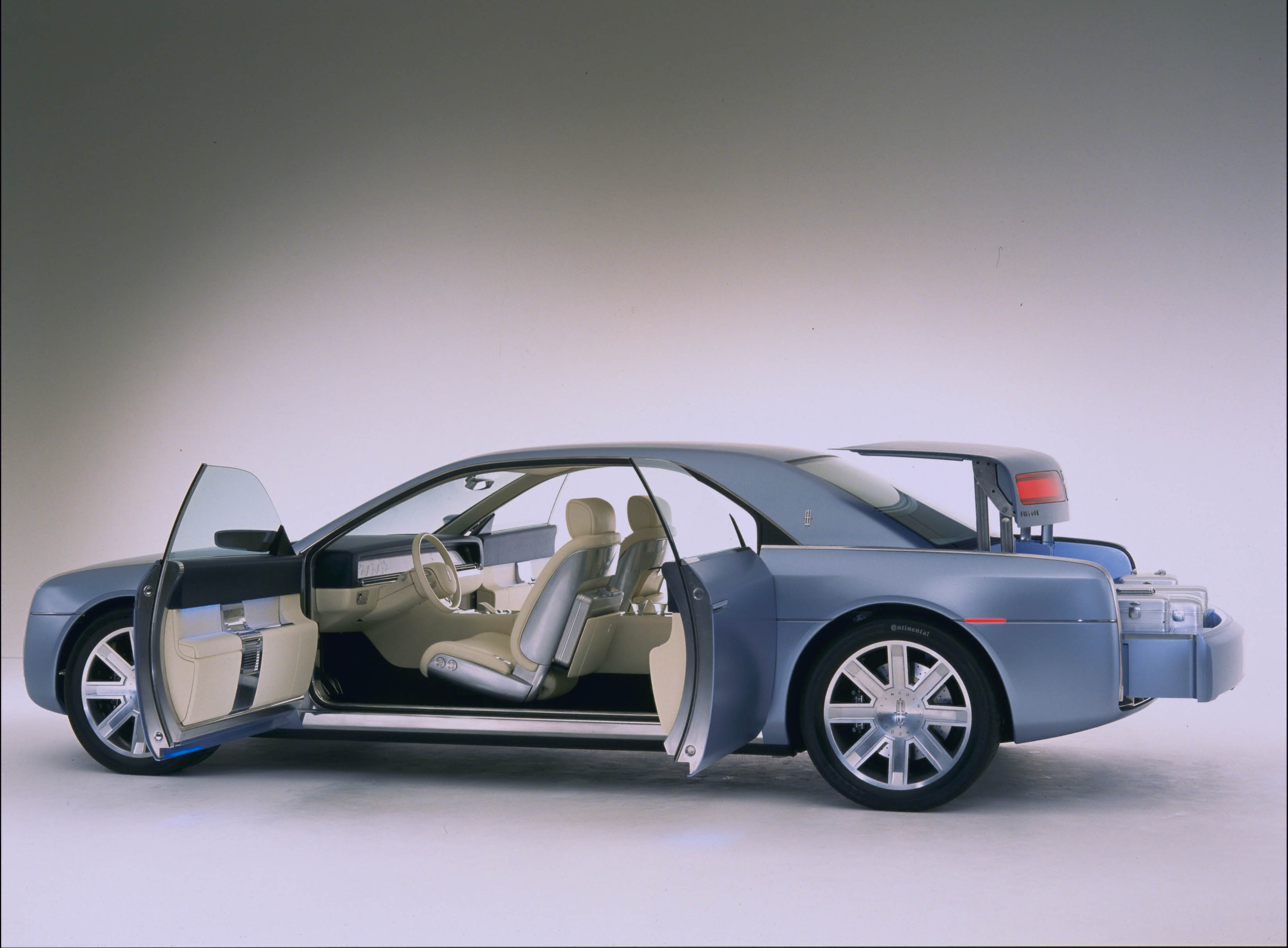 http://www.automobilesreview.com/img/lincoln-continental-concept/lincoln-continental-concept-08.jpg