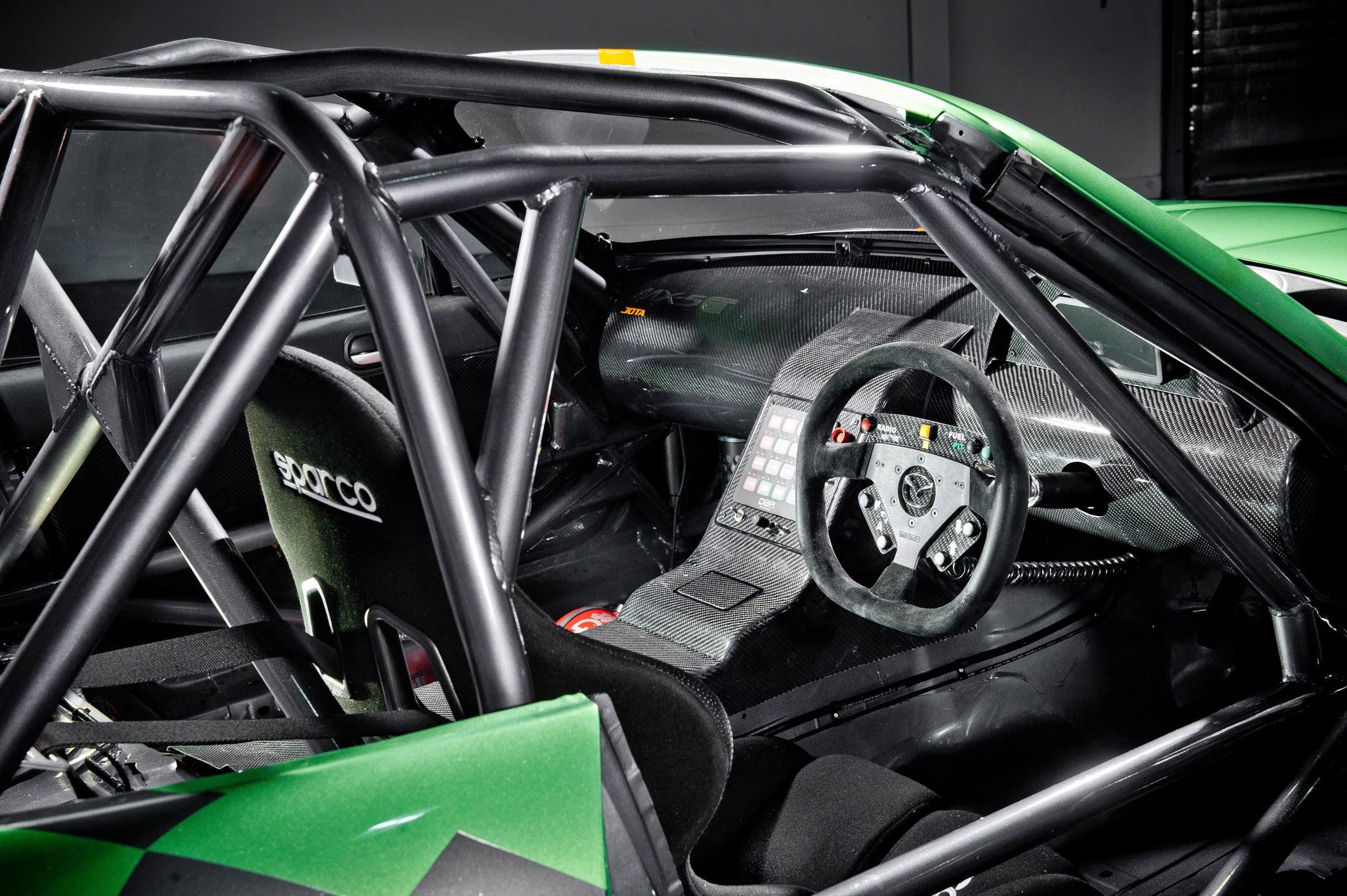 Index of /img/mazda-mx-5-gt-race-car