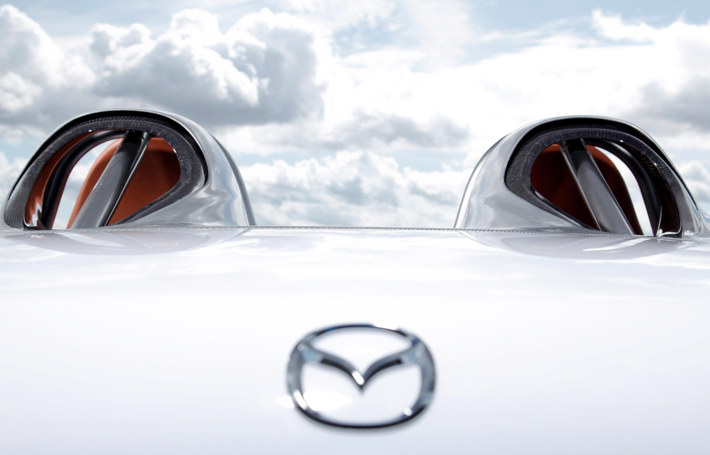https://www.automobilesreview.com/img/mazda-mx-5-superlight/mazda-mx-5-superlight-16.jpg
