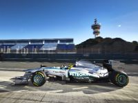Mercedes-Benz AMG Petronas F1W04 Silver Arrow , 1 of 4