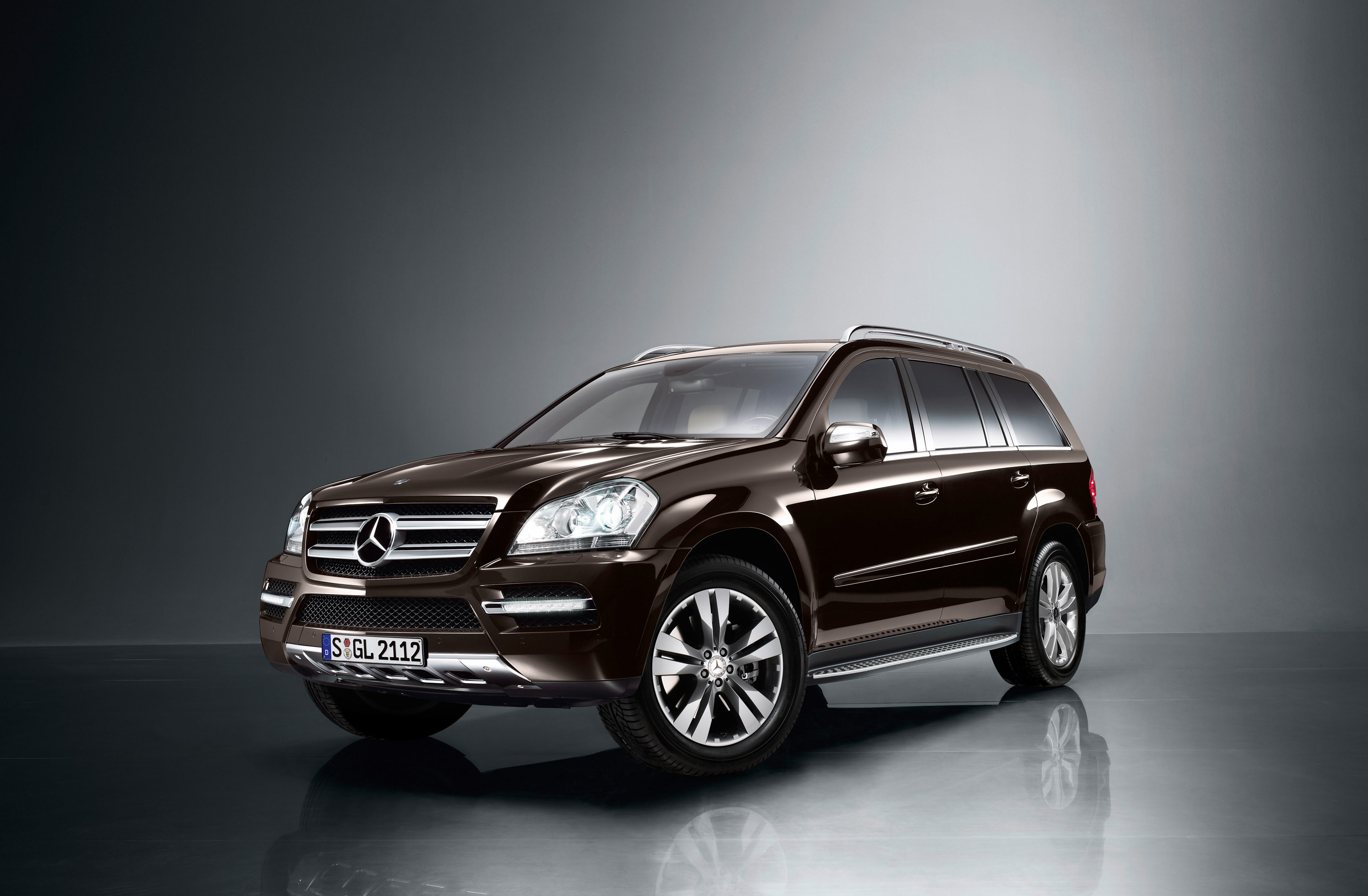 index of img mercedes benz gl 350 cdi. Black Bedroom Furniture Sets. Home Design Ideas