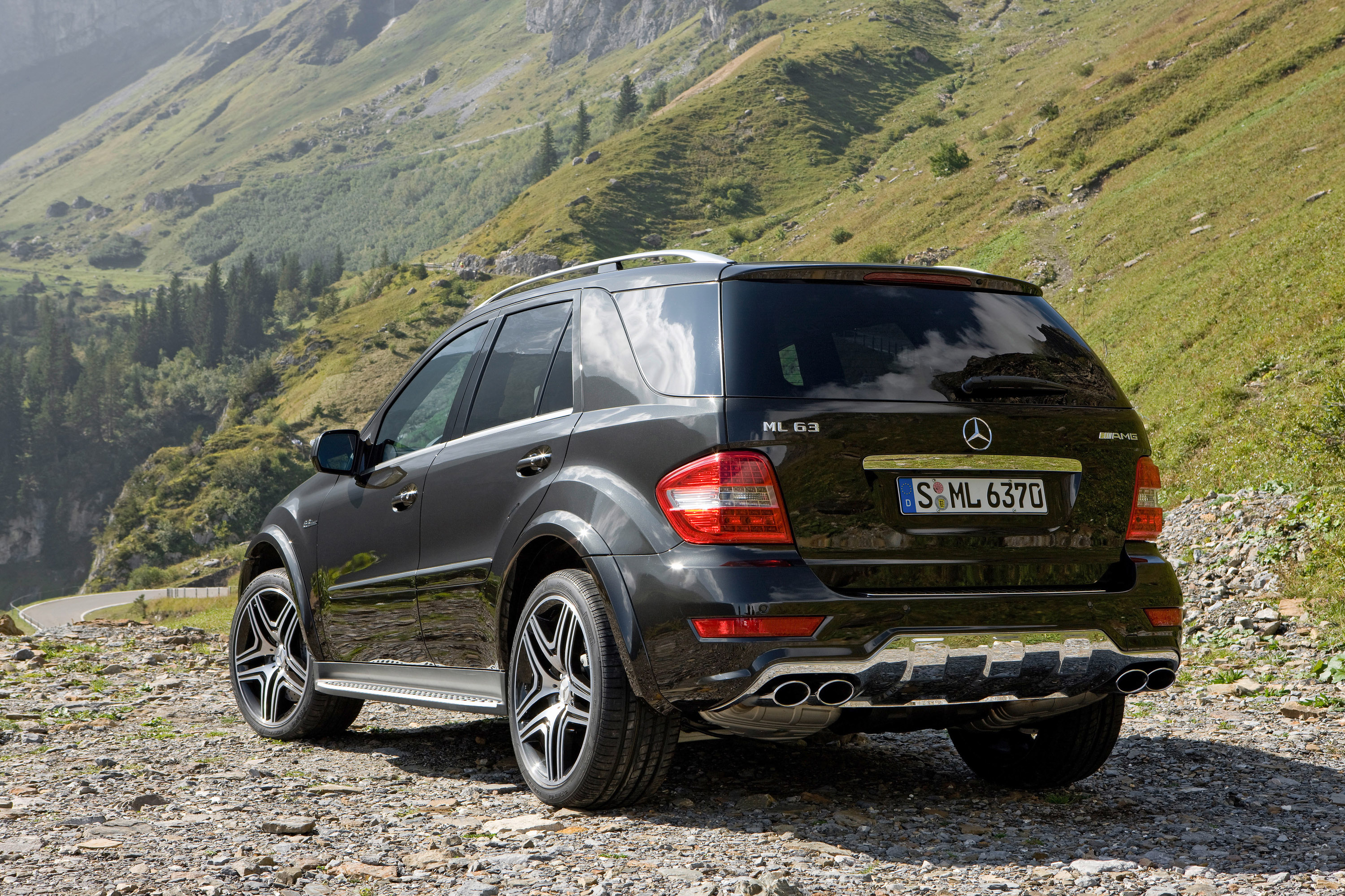 Index Of Img Mercedes Benz Ml 63 Amg Performance Studio