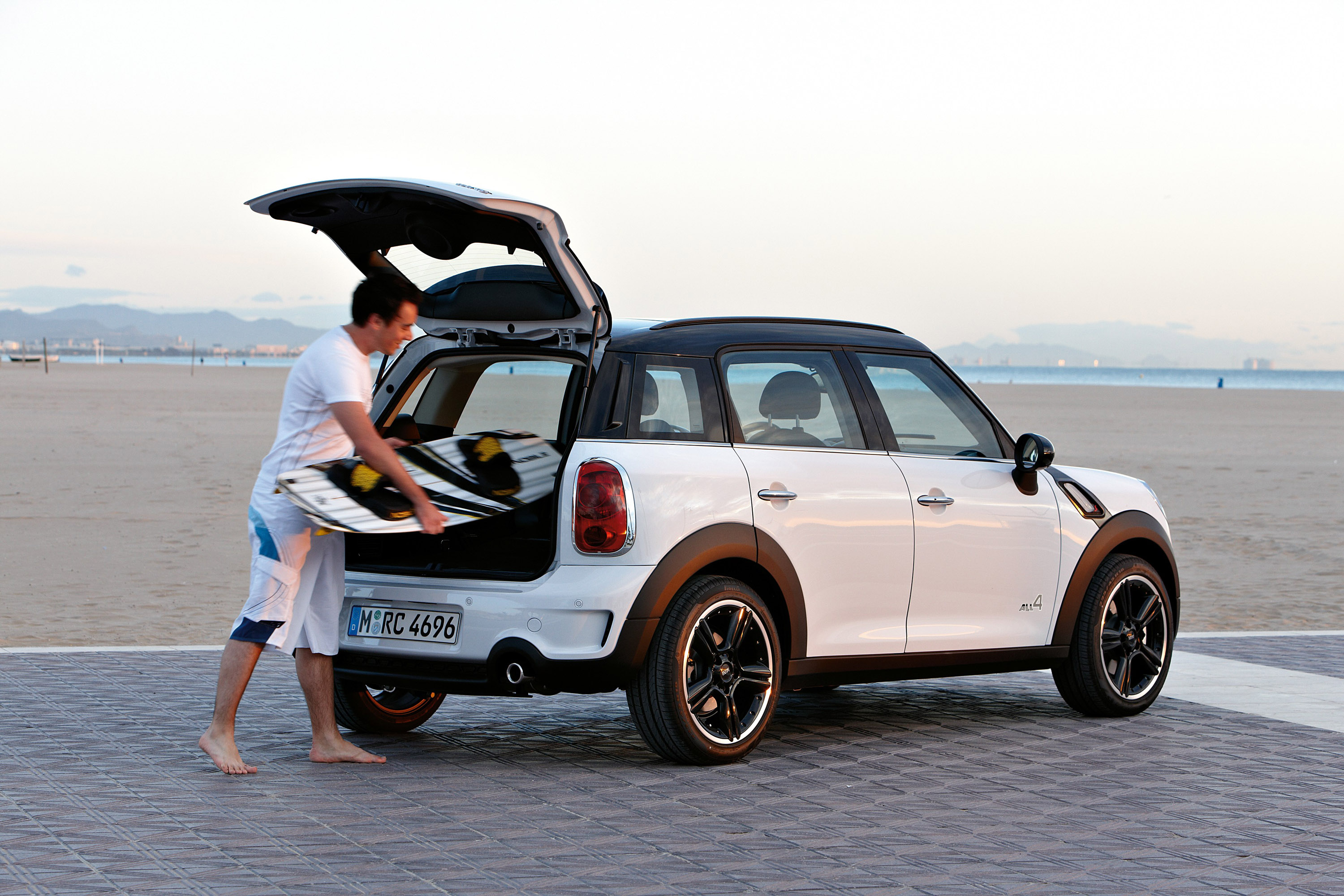 index of img mini cooper s countryman. Black Bedroom Furniture Sets. Home Design Ideas