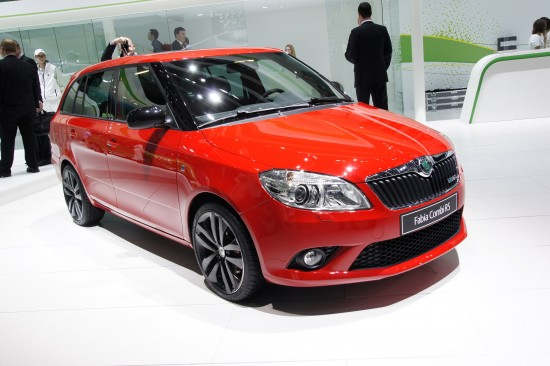 Skoda Fabia Vrs Estate Geneva 2010 01 Picture | High Resolution