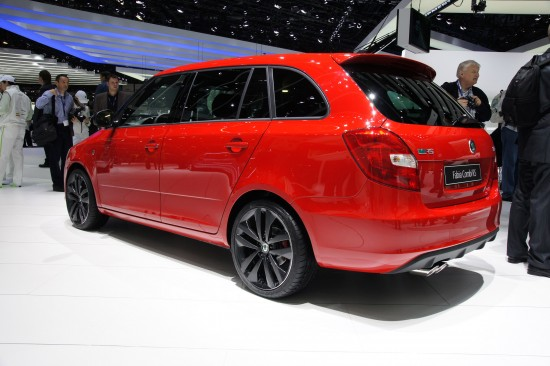 Skoda Fabia Vrs Estate Geneva 2010 03 Picture | High Resolution