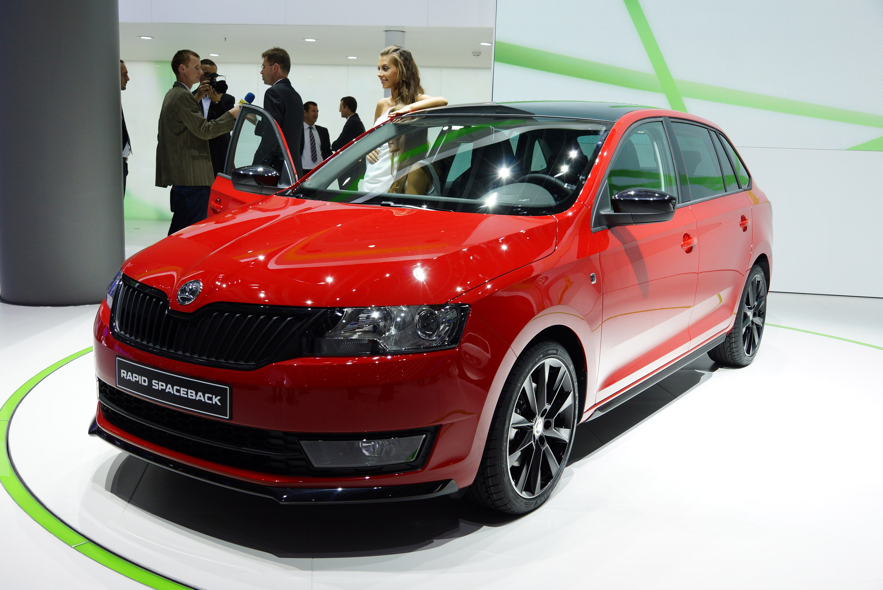 index of img skoda rapid spaceback frankfurt 2013. Black Bedroom Furniture Sets. Home Design Ideas