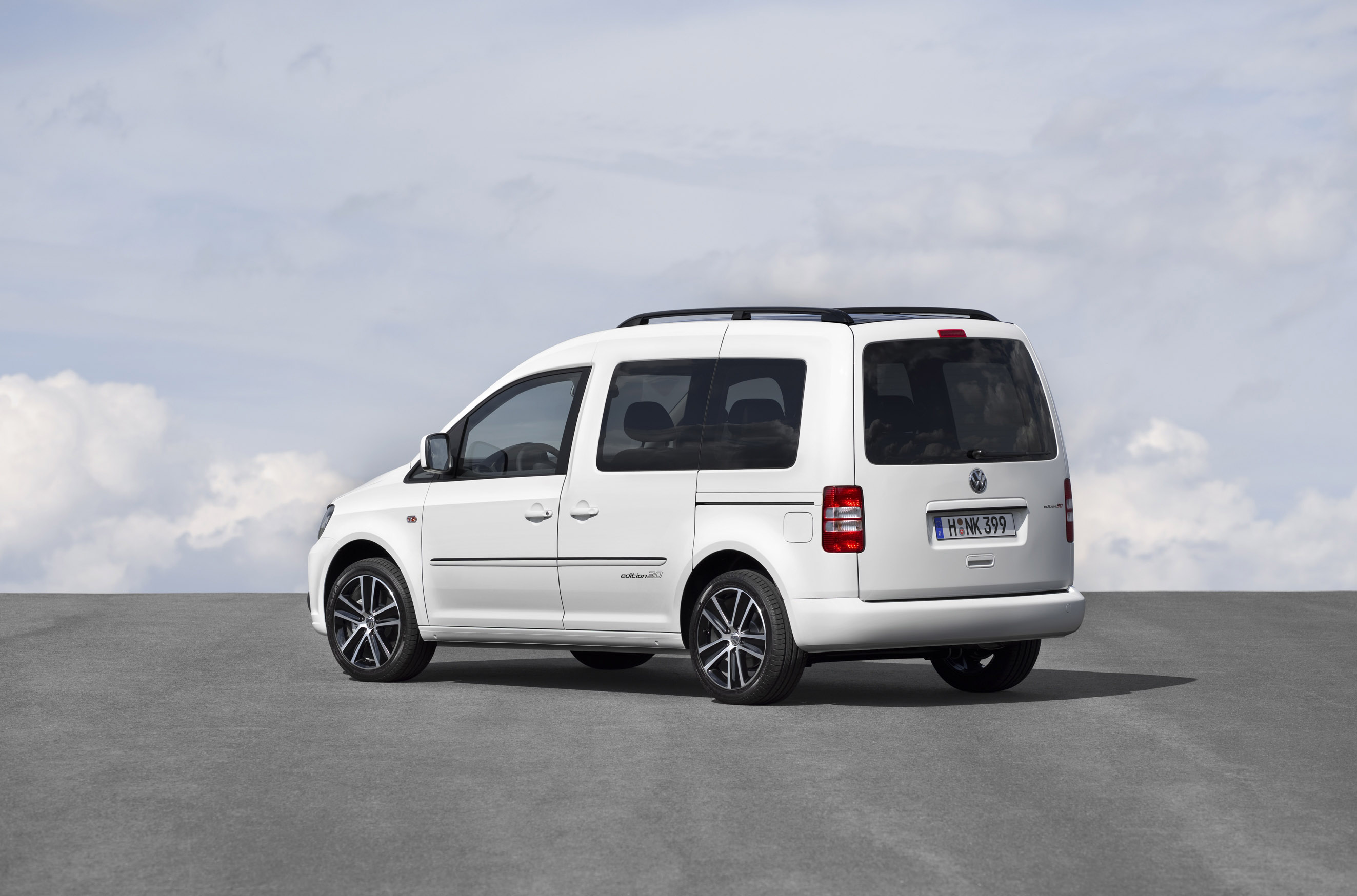 Index of /img/volkswagen-caddy-edition-30