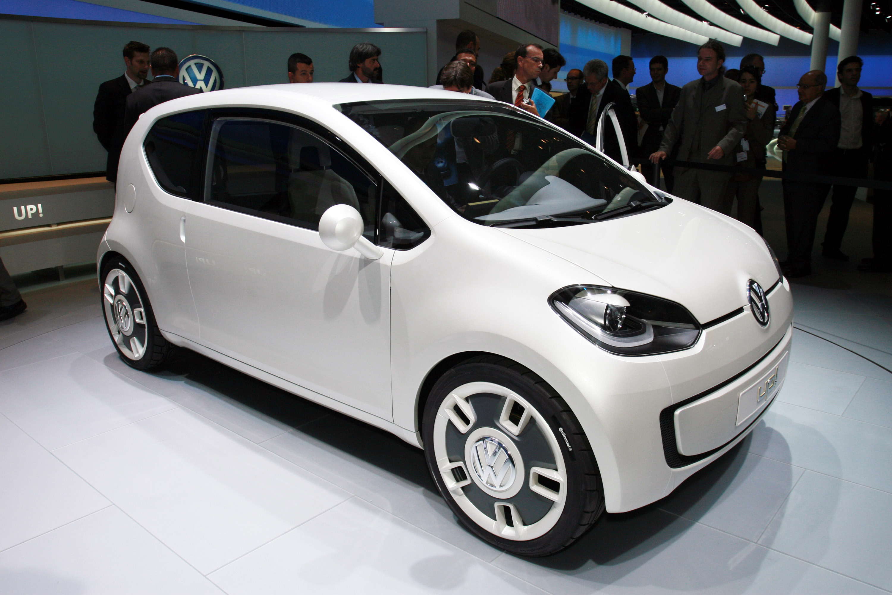 index of img volkswagen up frankfurt 2011. Black Bedroom Furniture Sets. Home Design Ideas