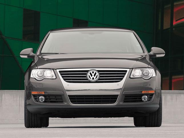 VW Passat 3.6 L Front