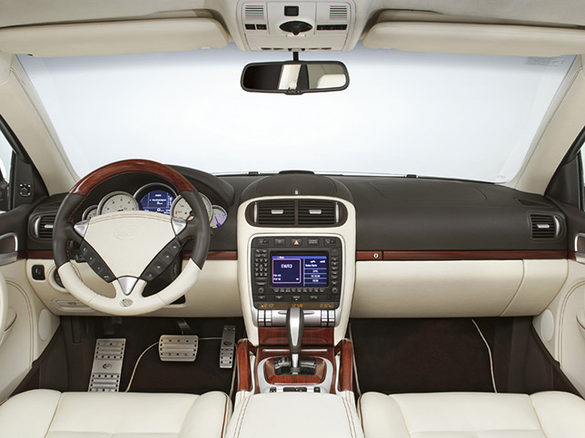 TechArt Porsche Cayenne Magnum de Sede Interior