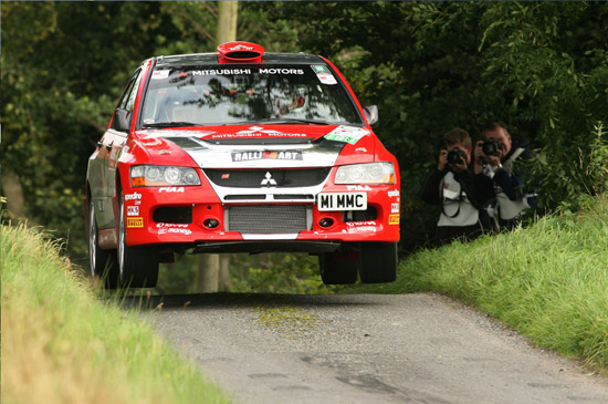 Evans and Nagle keep the team\'s title hopes alive