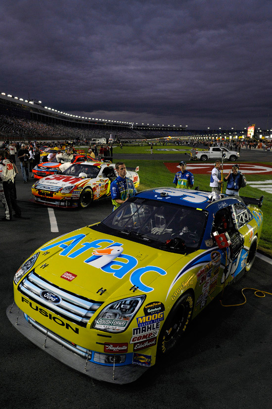 North Carolina USA Chase contenders Carl Edwards and Greg Biffle Ford Fusion sit on the grid ready for the race to start