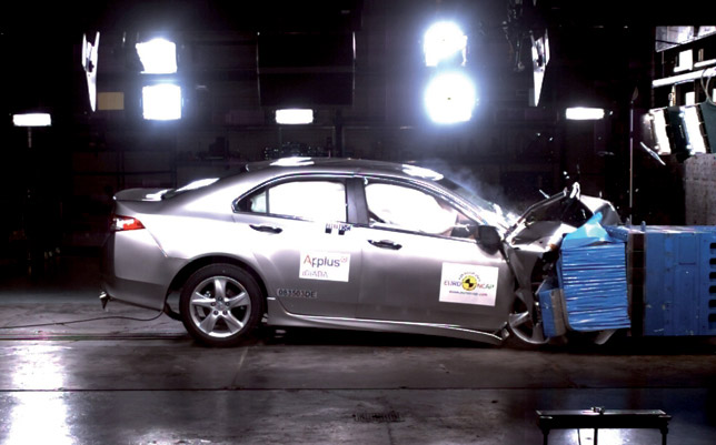 Honda Accord - Euro NCAP Crash Test