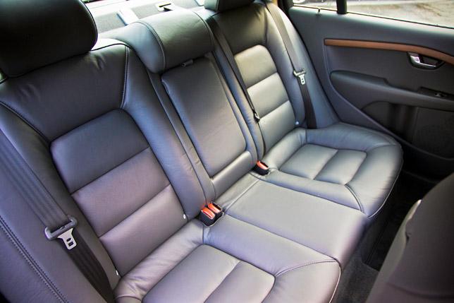 Volvo S80 Rear Seat