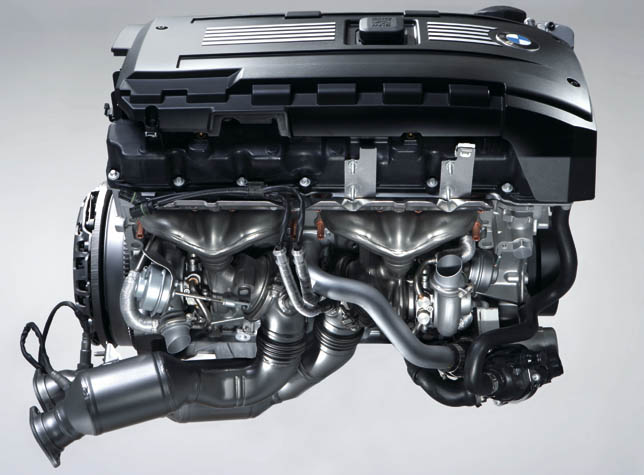 BMW 6 Cylinder Petrol Engine With Twin Turbo And High Precision Injection