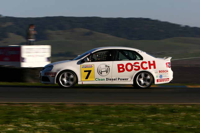 VW Makes Clean Diesel Racing Even Greener in 2009 With the Use of B5 Biodiesel