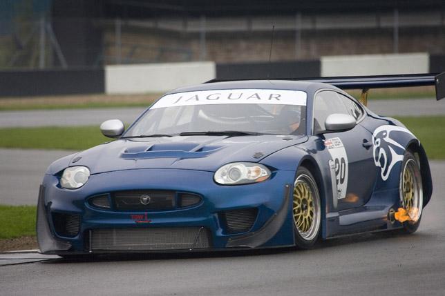 The 2009 Apex GT3 Jaguar