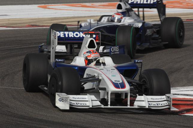 Bahrain Grand Prix Sakhir circuit. Robert Kubica (POL) in the BMW Sauber F1