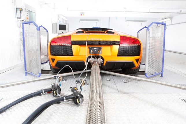 "Lamborghini Murcielago"" exhaust gas and climate test bed"