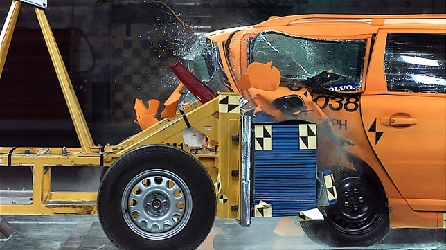 Plug-In Hybrid rear crash test