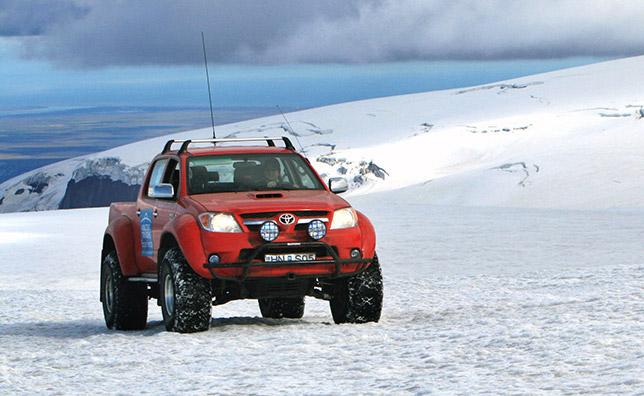Toyota Hilux Iinvincible Double Cab