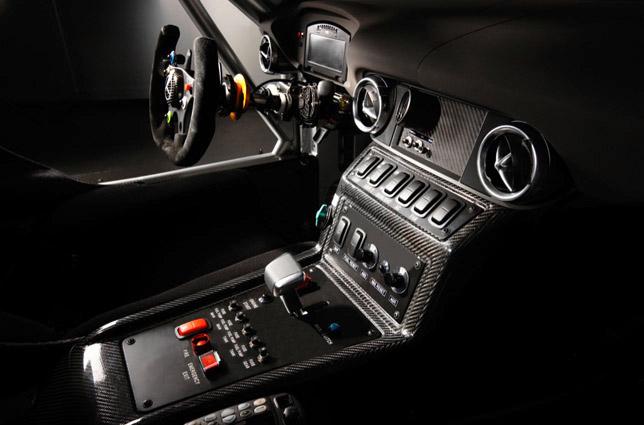 SLS AMG GT3 inside