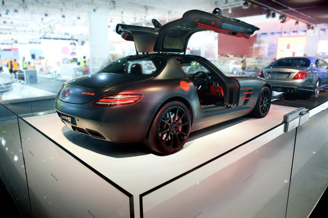 Mercedes-Benz SLS AMG Night Black