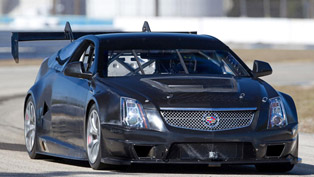 Cadillac CTS-V Racing Coupe [video]