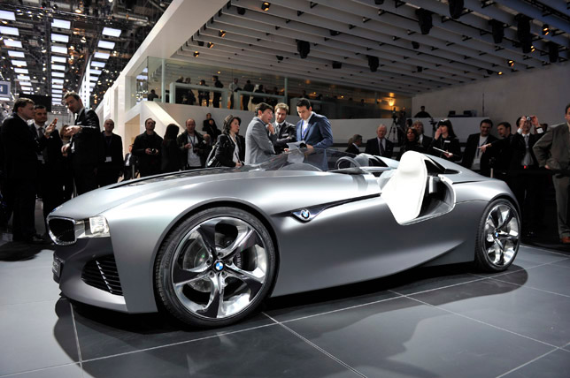 Geneva 2011 Bmw Vision Connected Drive Concept