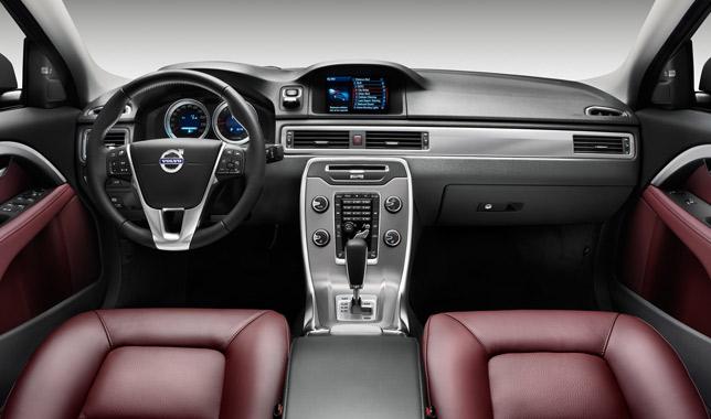 2012 Volvo S80 interior