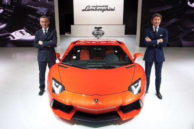 Auto Shanghai 2011 Lamborghini Aventador LP 700-4
