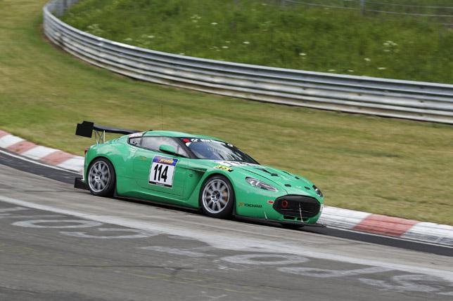 Aston Martin V12 Zagato Nurburgring - Zig
