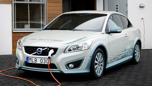 2012 Volvo C30 with series-connected Range Extender