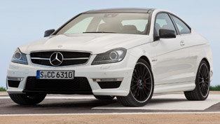 2012 Mercedes C63 AMG Coupe [video]