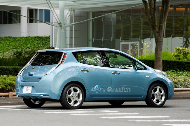 2012 Nissan LEAF US