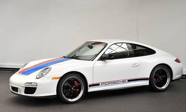 Porsche 911 Carrera GTS B59 Side