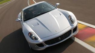 Ferrari 599 GTB Fiorano vs. F40 [video]