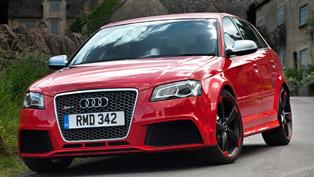 Audi RS3 vs BMW 1 Series M [video]