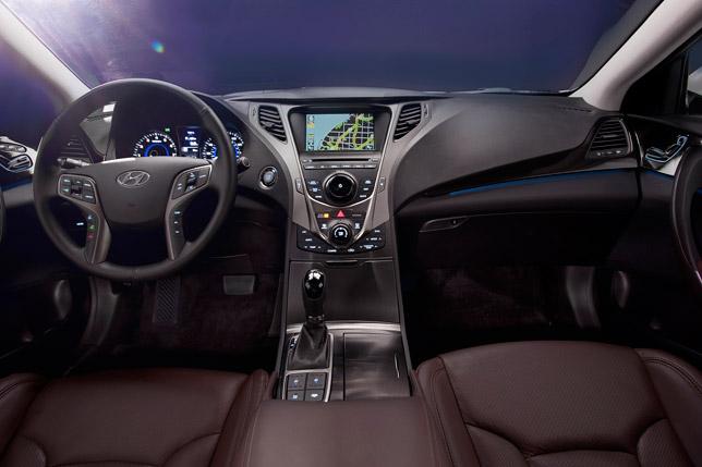 2012 Hyundai Azera Interior