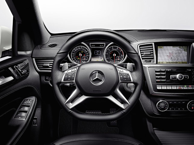 2012 Mercedes-Benz ML 63 AMG Interior