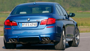 2012 BMW M5 F10 - 0 to 314 km/h & Drift test [video]