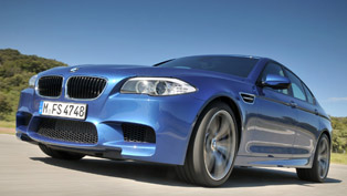 BMW M5 F10 vs Porsche Panamera S vs Mercedes E63 AMG vs Jaguar XFR [video]