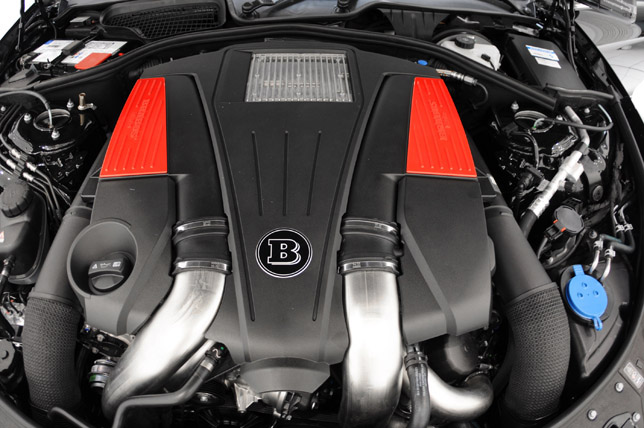 Brabus Mercedes CL 500 Engine