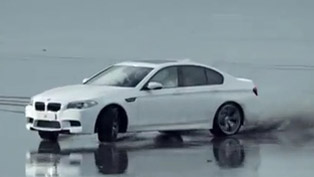BMW M5 F10 on the beach in Wales [video]