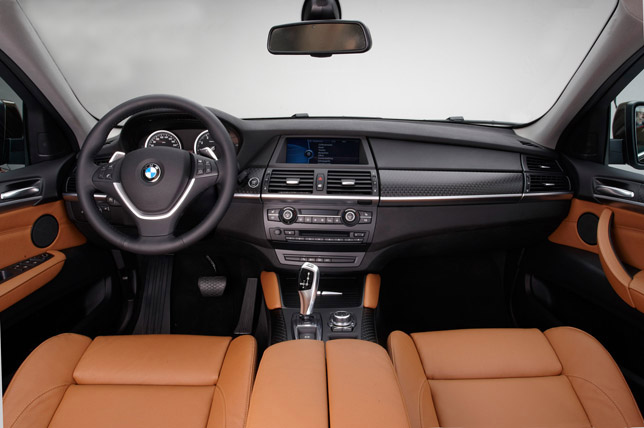 2013 BMW X6 Sports Activity Coupe Interior