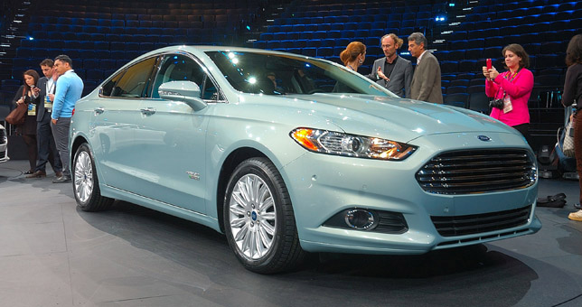 Ford Fusion (2013)