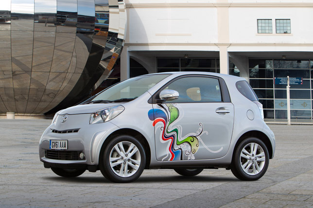 Toyota iQ Customised - Clever Cars